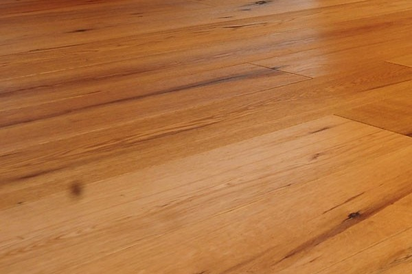 HARDWOOD FLOORS - WHITE OAK